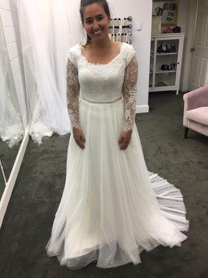 Wedding Dress- BRAND NEW NEVER WORN for Sale in Lindon, UT