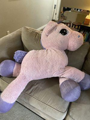 Free giant stuffed unicorn for Sale in Gresham, OR
