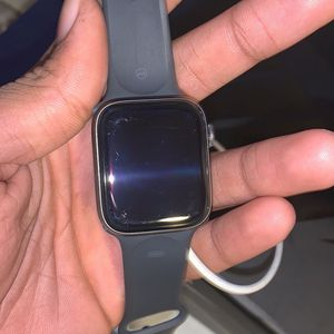 Series 5 Apple Watch for Sale in Bloomfield, CT