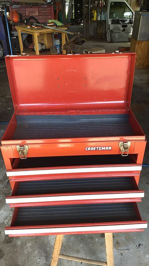Small tool box for Sale in Melbourne, FL