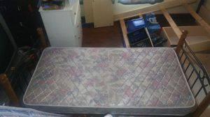 Daybed w mattress for Sale in Columbus, OH