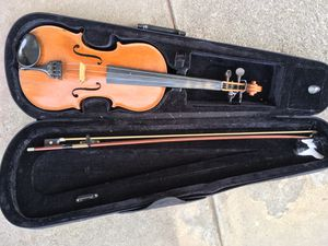 old violin with bow for Sale in West Covina, CA