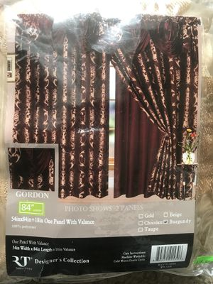 Curtain for Room for Sale in Lake Ridge, VA