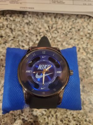 Nice cool watch for Sale in Holland, MI
