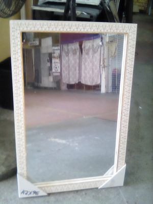 Sale mirror hanging 24x36 for Sale in Los Angeles, CA