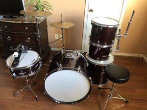 GP 7 piece drum set with stool for Sale in Houston, TX