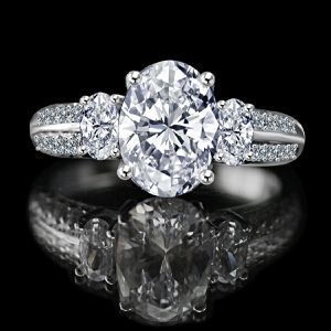 2.50 CT. Oval Classic three stone engagement/wedding Sterling Silver Ring Simulated Diamond - Diamond Veneer. 635R3232 for Sale in San Francisco, CA
