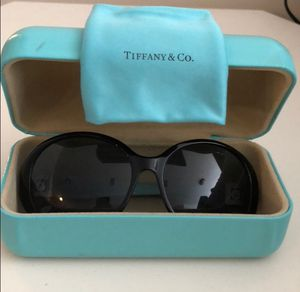 Tiffany & Co. SunGlasses 🕶 obo for Sale in Holladay, UT