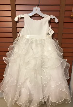 Flower Girl Dress size 3 -Soft White for Sale in Clermont, FL
