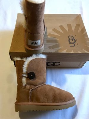🎀 New UGGs Girls Sz 10 Winter Boots Bailey🎀 for Sale in San Diego, CA