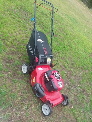 Craftsman selfpropelled mower! With bagger, runs an works great! $180 obo.. for Sale in Sophia, NC