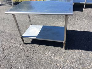 48 x 30 x 35 Stainless Steel Table w Metal Undershelf for Sale in Wellsville, PA