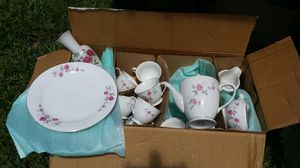 Fine China service for 8 for Sale in Lakeland, FL
