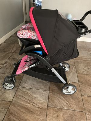 Minnie Mouse Car Seat and stroller for Sale in Joplin, MO