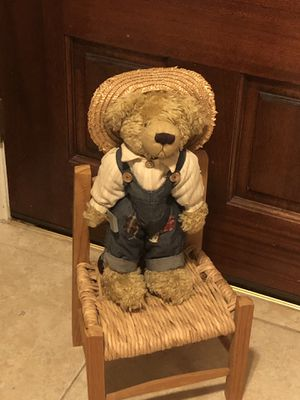 Precious teddy bear with stand and chair for Sale in Katy, TX