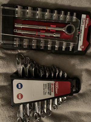 18 Piece Wrench Set / 18 Piece Socket Set for Sale in Mesa, AZ