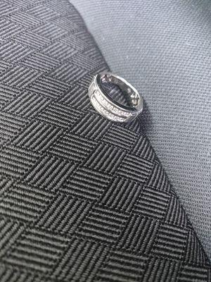 Diamond wedding ring for Sale in St. Petersburg, FL