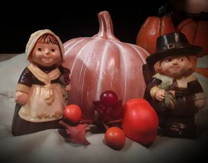 70s Hallmark pilgrim salt and pepper shakers for Sale in Cleveland, OH