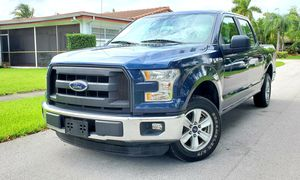 2016 FORD F150 XLT PERFECT CONDITION CLEAN TITLE for Sale in Miami Gardens, FL
