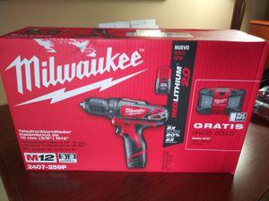 Brand new Milwaukee Drill & Radio for Sale in Sallisaw, OK