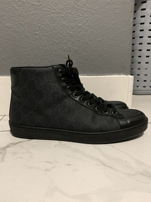 Brooklyn GG supreme high top Gucci sneakers Size 9 for Sale in Henderson, NV