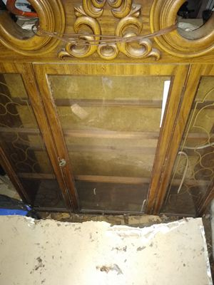 Antique wooden cabinet for Sale in Cleveland, OH