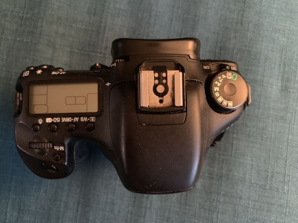 Canon 7D Body Only (Battery and Charger Included)