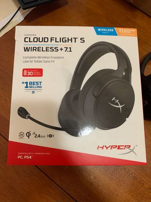 Brand new Cloud Flight S wireless headset for PC and Ps4 for Sale in Pawtucket, RI