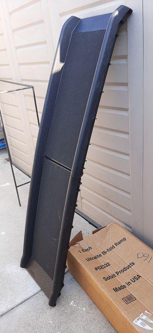 Solvit Ultralite Bifold ramp 62 x 16 x 4 for Sale in Gardena, CA