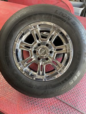 Wheels and tires 265/70 R17 for Sale in Santa Fe Springs, CA