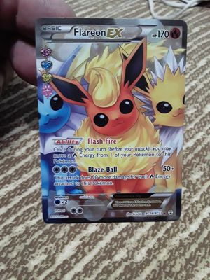 FULL ART Flareon EX ULTRA RARE Pokemon RC28/RC32 Generations Radiant Collection for Sale in Tamarac, FL