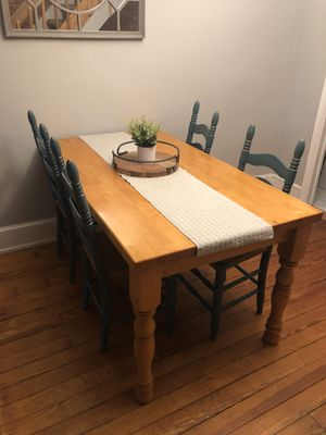 Solid wood table. Hardly used. for Sale in Wilmington, DE