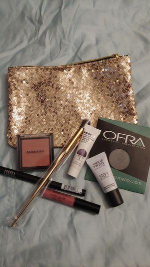 Makeup Grab Bag (7 items) for Sale in Mill Creek, WA