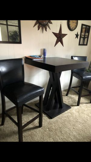 Pub Style Table and Chairs for Sale in Everett, WA