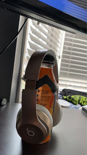 Beats solo 1 for Sale in Detroit, MI