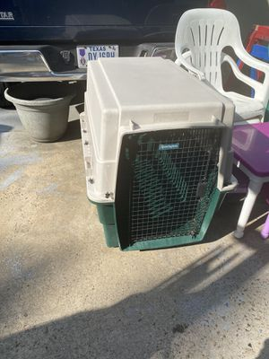 Kennel air Remington Dog crate EXTRALARGE for Sale in Pearland, TX