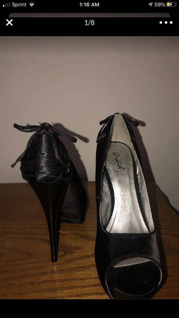 24$ for 5 pairs!!! 5-5 1/2 -SHOES FOR SALE!!! Trying to get rid of them! Zara- dolls kill brand(qupid) Leather shoes