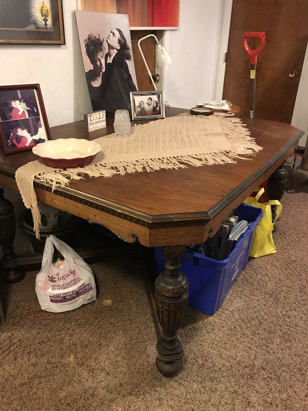 I sell antique and vintage furniture move out