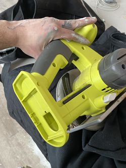 Ryobi 18 V Cordless Circular Saw for Sale in Cleveland,  OH