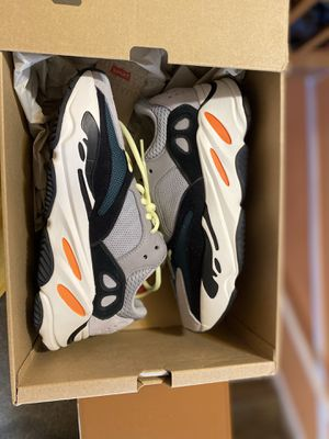 Yeezy Boost Wave Runners for Sale in Adelphi, MD