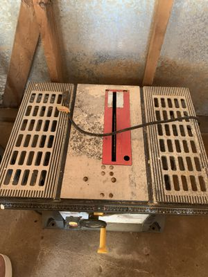 Wet or dry tile cutter for Sale in Elmhurst, IL