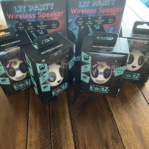 Wireless Bluetooth Speaker Earbuds for Sale in El Segundo, CA