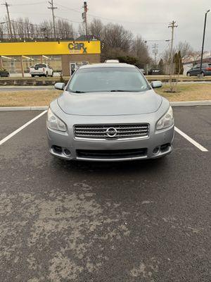 Nissan maxima for Sale in Cincinnati, OH