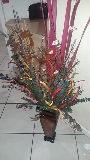 Decorative vase with dried out colorful leaves and flowers for Sale in Homestead, FL