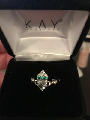 10 white gold claddagh ring size 6 for Sale in Boston, MA