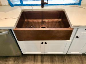 """For sale kitchen and cabinets 3/4"""" real wood with system soft close door for Sale in Tampa, FL"""