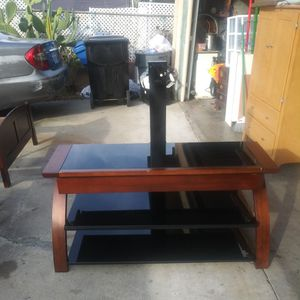 Whalen Tv Stand for Sale in Vernon, CA