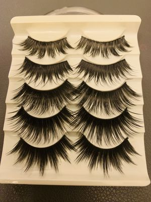 Stunning Goth Looking Lashes - Beautiful Extreme Volume for Sale in El Monte, CA