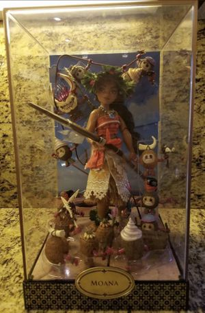 Disney Designer Doll Folktale Collection MOANA Doll Set Limited Edition NEW for Sale in Pembroke Pines, FL