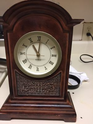 Mount Clock Antique for Sale in Chapel Hill, NC
